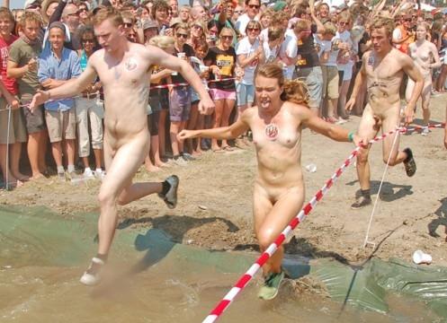 Roskilde festival 2010 course nue