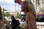 Cyclonue WorldNakedBikeRide Paris 2007