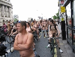 WorldNakedBikeRide cyclonue ciclonudista 2008 London